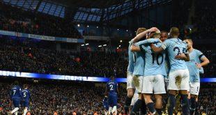 Manchester City feiert nach dem 6:0 die Tabellenführung