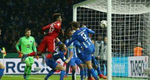 Coman köpft die Bayern ins Viertelfinale