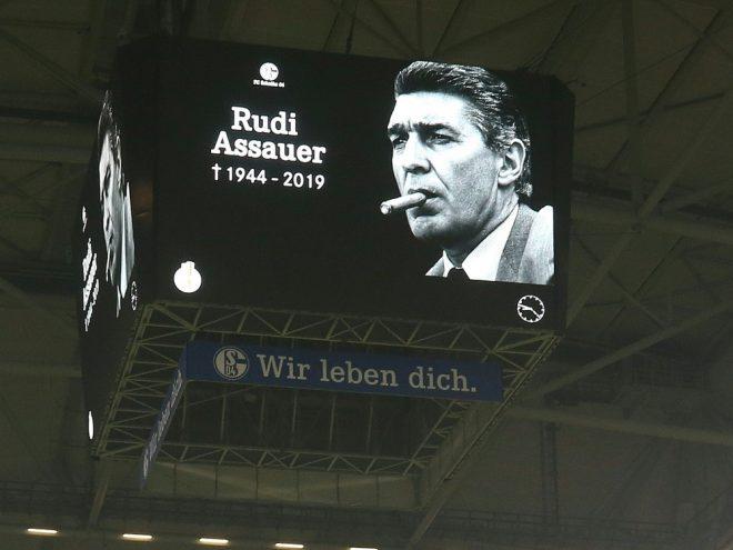 Schalke 04 plant eine Trauerfeier für Rudi Assauer