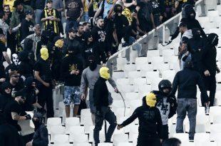 Wegen Fanausschreitungen wurde der AEK Athen bestraft