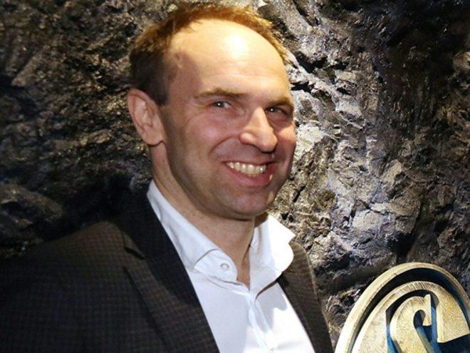 Jobst(Bild) und Rütgers eröffnen Schalke China-Büro