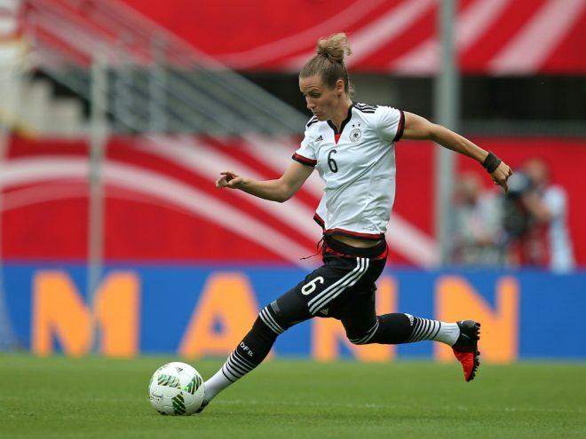Simone Laudehr bleibt bis 2020 in München