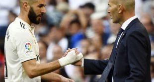 Zidane (r.) hat zum Trainer-Comeback einen Sieg gefeiert