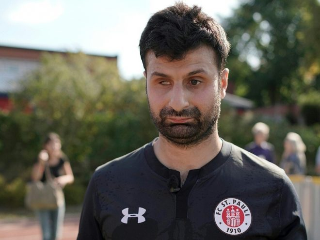 Auch Serdal Celebi ist mit dem FC St. Pauli dabei