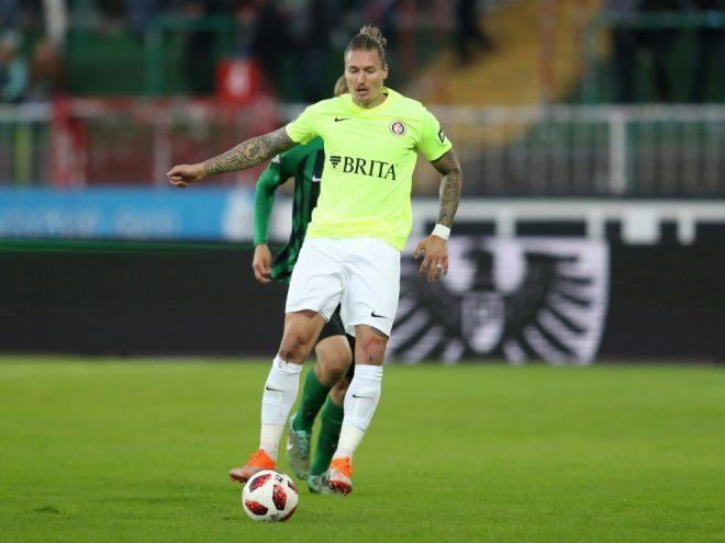 Traf zum 1:0 gegen den KSC: Manuel Schäffler