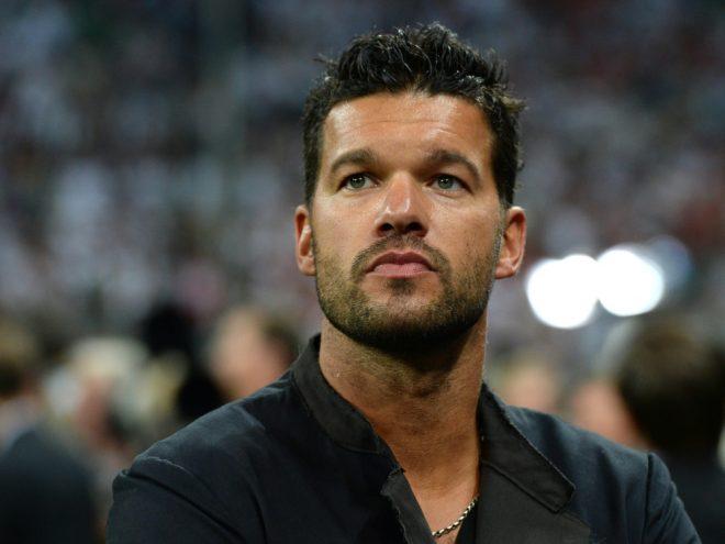 Ballack übt Kritik am deutschen Fußball