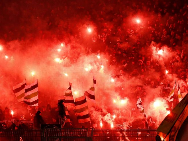 Pyrotechnik in Dortmund: Mönchengladbach zahlt Strafe