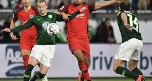 Umkämpftes Spiel zwischen Wolfsburg und Frankfurt