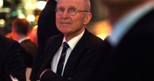 Gegen hauptamtlichen DFB-Präsidenten: Willi Lemke
