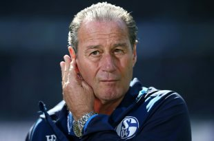 Fordert hohe Konzentration gegen Augsburg: Huub Stevens