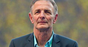 Adelt die Eintracht: Karl-HeinzKörbel