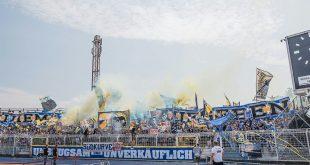 Jena-Fan verletzt Schiedsrichter mit Stuhl