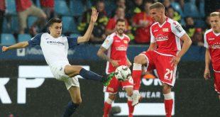 Prömel (r.) muss mit Union Berlin in die Relegation