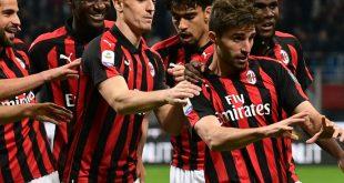 Fabio Borini (M.) erzielt wichtiges Tor für Milan