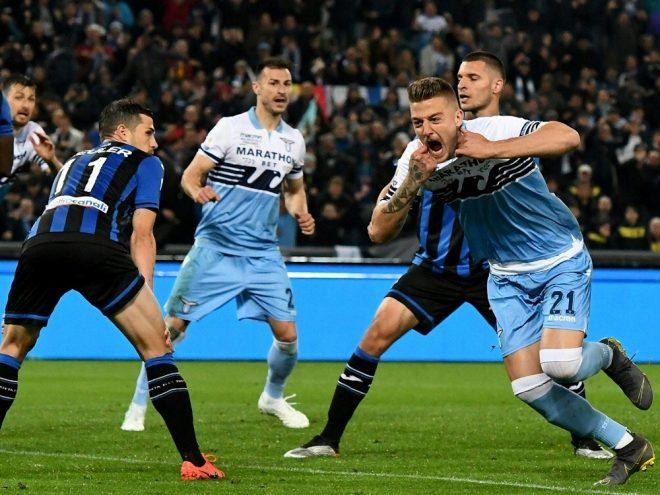 Milinkovic-Savic (r.) bringt Lazio Rom in Führung