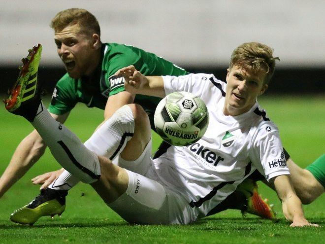 Fabian Kunze (r.) wechselt zu Arminia Bielefeld