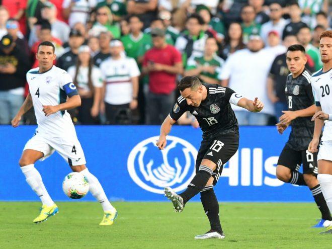 Lopez (l.) floh von Kubas Nationalteam