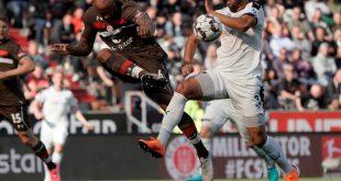 Andrew Wooten (r.) wechselt in die MLS