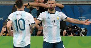 Agüero (r.) und Messi stehen im Viertelfinale ein