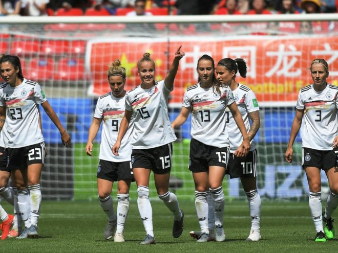 Die DFB-Frauen schicken Grüße an die deutschen U21-Jungs