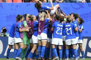 Die Italienierinnen feiern ihre Doppelpackerin Bonansea