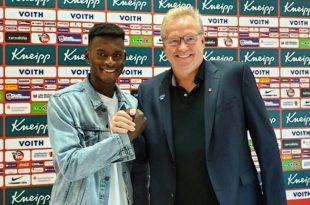 Merveille Biankadi (l.) verstärkt den 1. FC Heidenheim