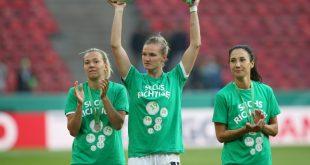 Popp (m.) und der VfL Wolfsburg spielen gegen Mitrovica