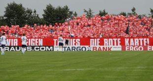 Schalke-Fans sind weiterhin entrüstet von Tönnies Worten