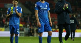 Tim Hoogland (Mitte) verlässt den VfL Bochum