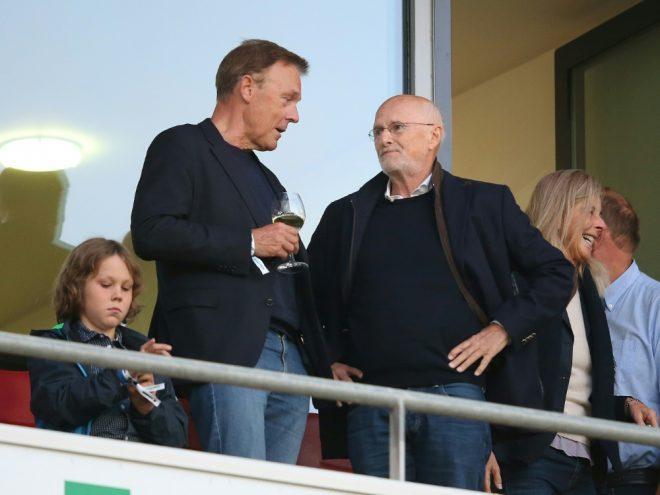 Thomas Oppermann (2.v.l.) soll DFB-Ethikkommission anführen