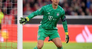 Manuel Neuer konzentriert sich voll auf sein Spiel
