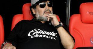 Diego Maradona wird Trainer in Argentinien
