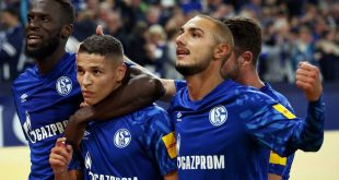 Harit (2.v.l.) trifft - Schalke schlägt Mainz