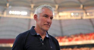 Mirko Slomka bleibt vorerst Trainer bei Hannover 96