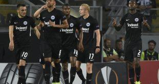 Eintracht Frankfurt bezwingt Vitoria Guimaraes 1:0