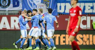 Holstein Kiel schlägt den VfL Bochum mit 2:1