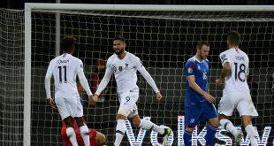 Giroud erzielt den Siegtreffer für die Franzosen