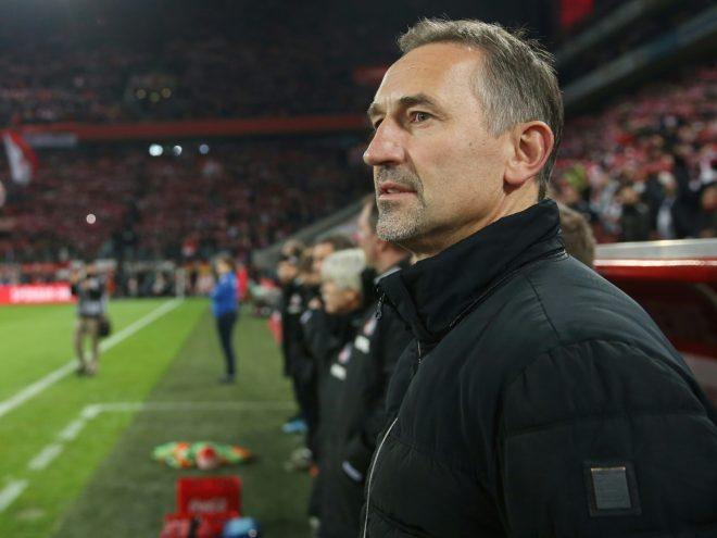 Der 1. FC Köln stellt Trainer Achim Beierlorzer frei