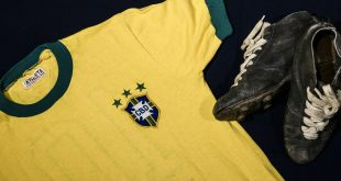 Peles Trikot wurde für 25.000€ versteigert