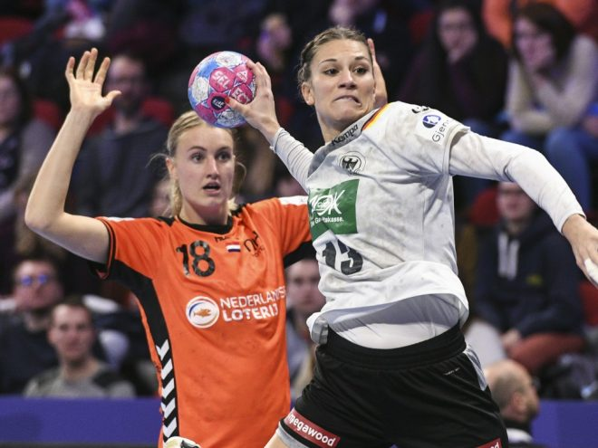 Julia Behnke (r.) erzielte sieben Treffer