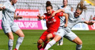 Bis 2022 spielt Magull (m.) für den FC Bayern