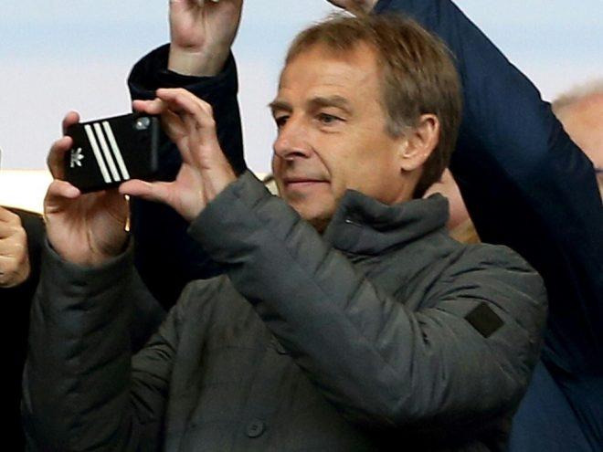 Klinsmanns will Adidas-Logo durch Hertha-Logo tauschen