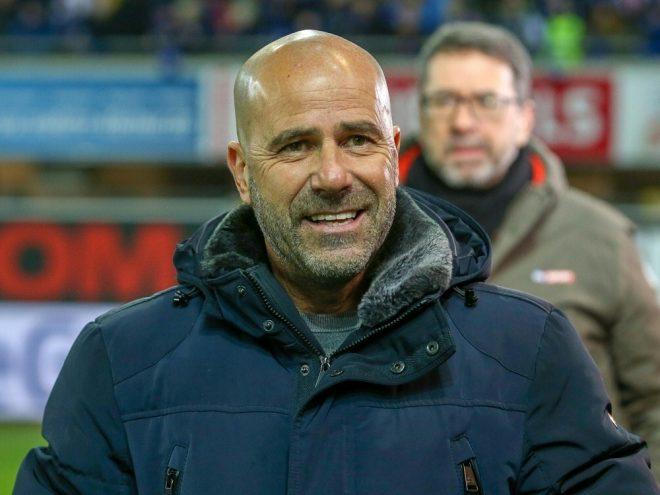 Peter Bosz erwartet schweres Spiel gegen Stuttgart