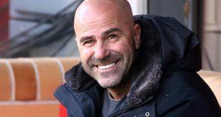 Will in der Europa League weit kommen: Peter Bosz