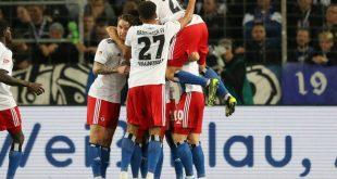 Der HSV erobert mit dem 2:0-Erfolg die Tabellenspitze