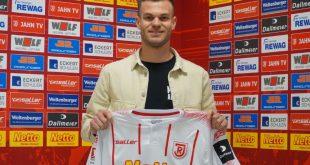 Benedikt Saller spielt seit 2016 für Jahn Regensburg