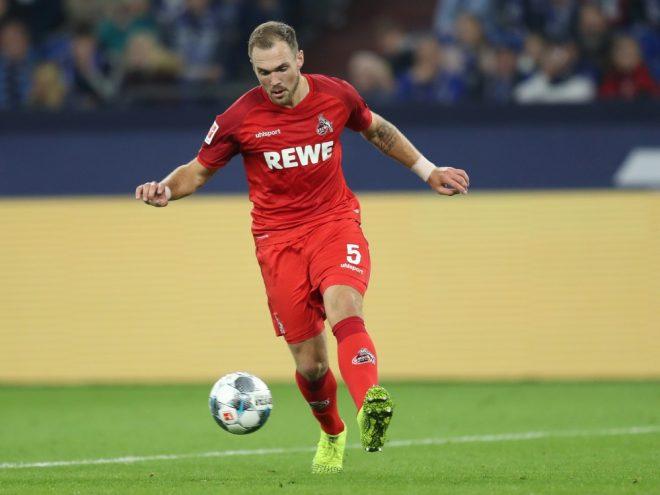 Czichos wurde gegen die Hertha verletzt ausgewechselt