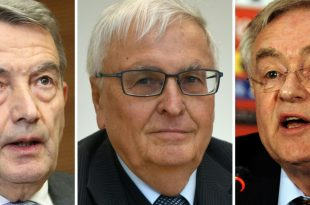 Prozess gegen Niersbach,  Zwanziger sowie Schmidt (v.l.)