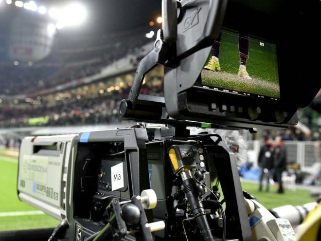 Die DFL verhandelt mit TV-Rechteinhaber Sky