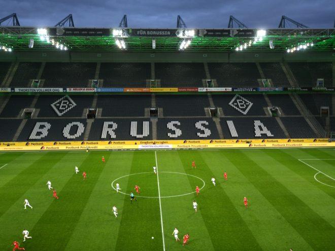 In Gladbach fand das erste Bundesliga-Geisterspiel statt
